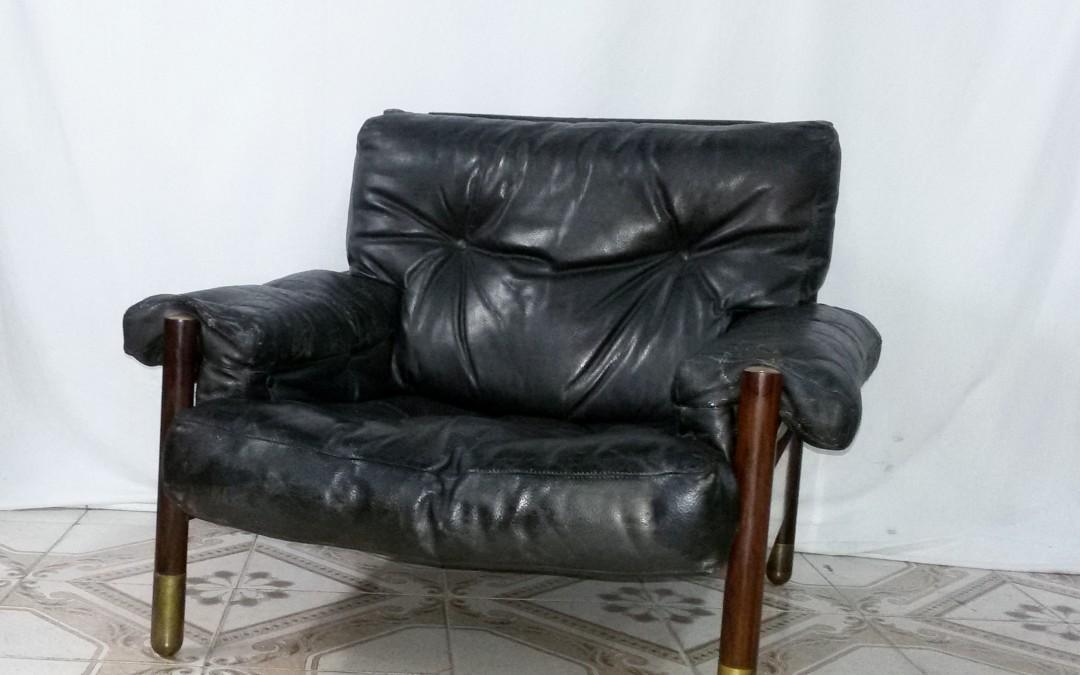 poltrone da salotto Sella designer Carlo de Carli produttore Sormani