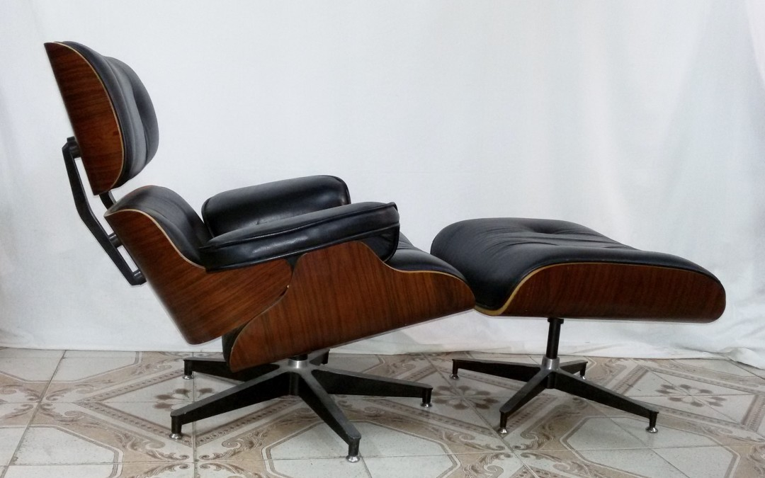 Charles e Ray Eames Lounge Chair e ottomano 1960-70 Miller. / SOLD