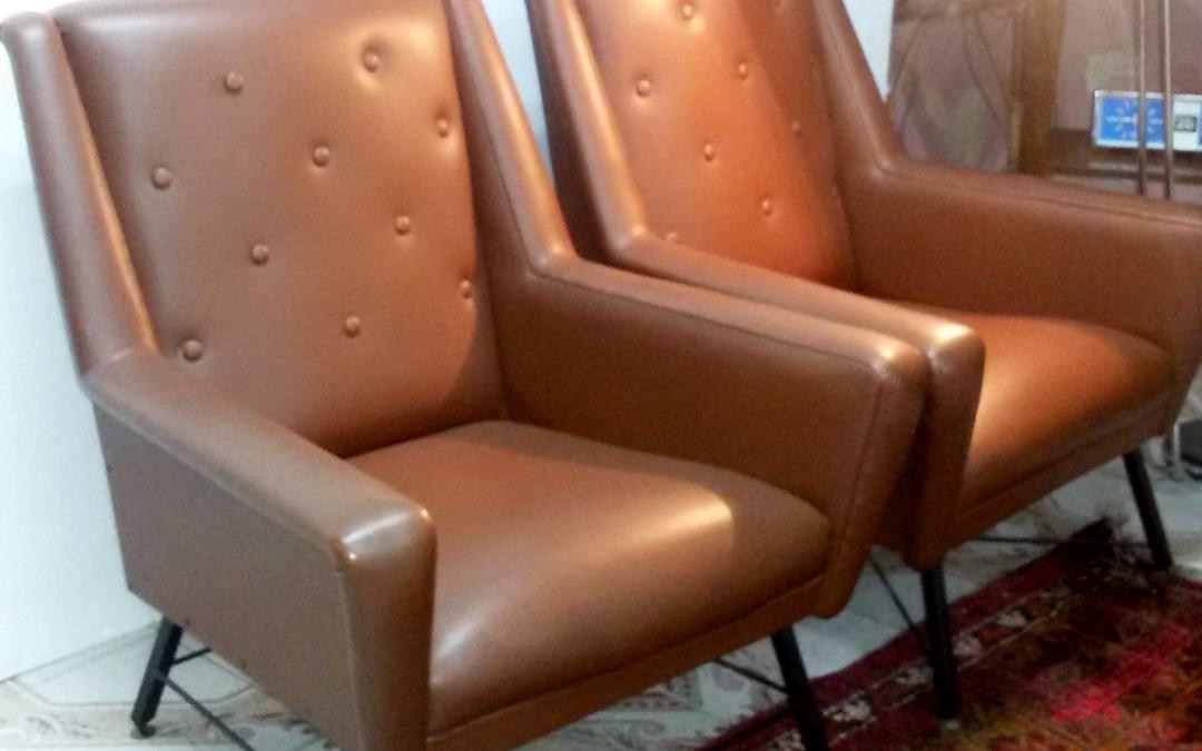 Poltrone armchairs anni 60 in sky marrone modernariato,design italien vintage