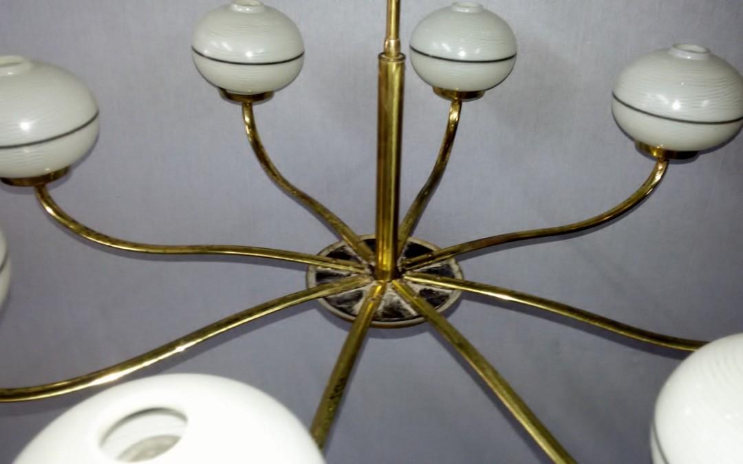 Lampadario,,chandelier, in ottone 8 luci design stilnovo modernariato anni 60