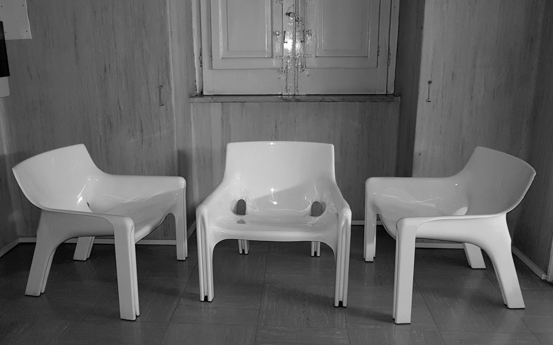 VICARIO CHAIR SEATING GROUP BY VICO MAGISTRETTI FOR ARTEMIDE, 1960 S