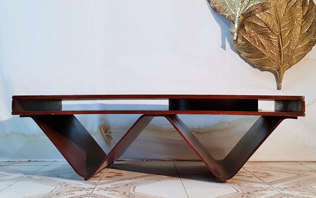 Tavolo da salotto legno curvato design Attribuito G.Frattini anni 70