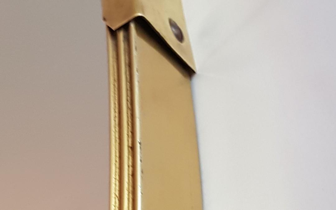 Specchio da parete,mirror,design ovale in ottone, brass Italia anni 50
