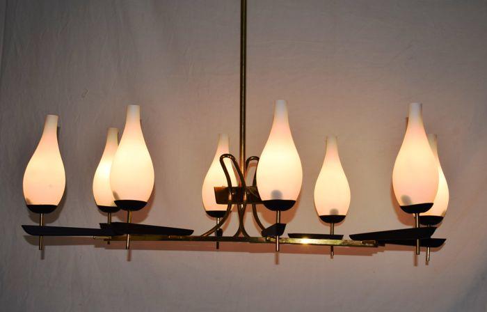 Grande Lampadario chandelier 8 luci design Arredoluce struttura ottone anni 50