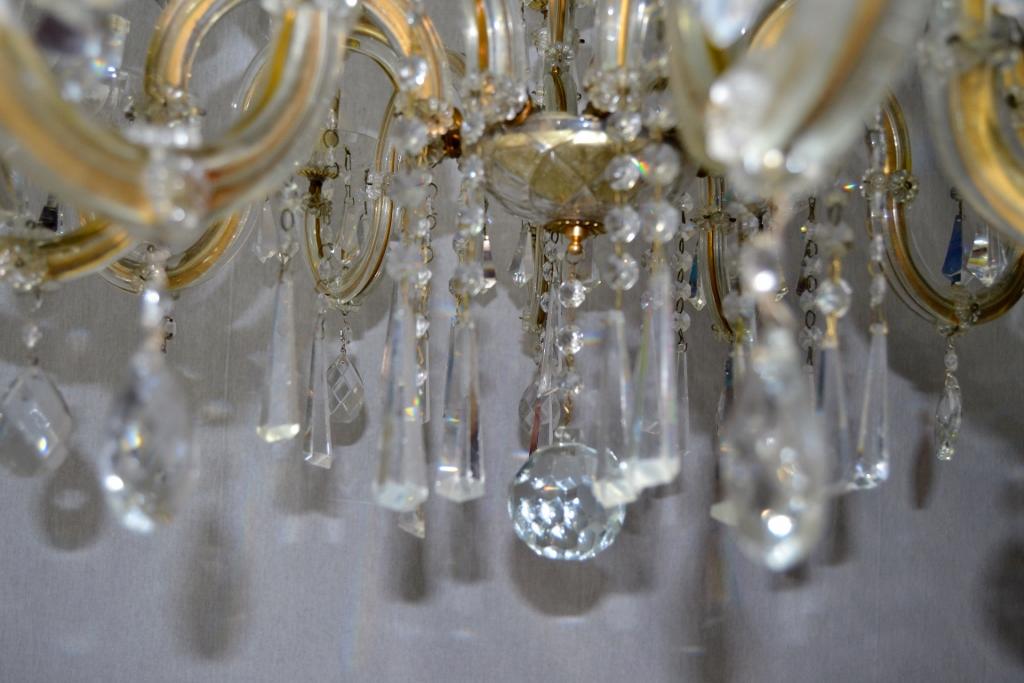 lampadario chandelier 16 luci a due livelli in cristallo Maria Teresa epoca 900