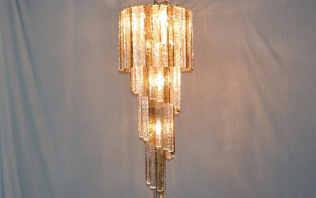 Grande lampadario,chandelier di forma a spirale murano design Mazzega anni 1960