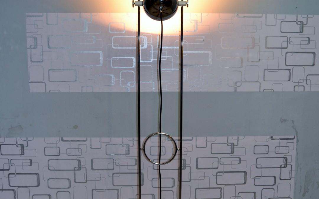 Floor Lamp by Reggiani, in acciaio cromo space age orientabile anni 70