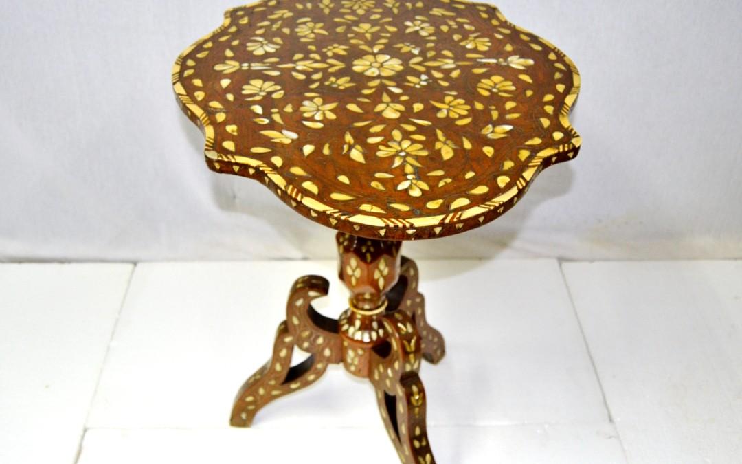 tavolo,table antico da salotto intarsiato con zinco avori e madreperla 1880