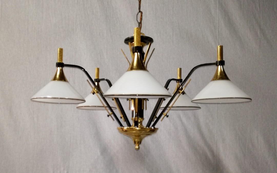 lampadario in metallo cromatico con coppette in murano design anni 60